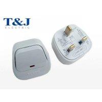T&J 13A 三線大板制有燈弧面插頭  PC7913L